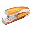 Zszywacz LEITZ średni metalowy NEXXT 5502  metaliczny pomarańczowy